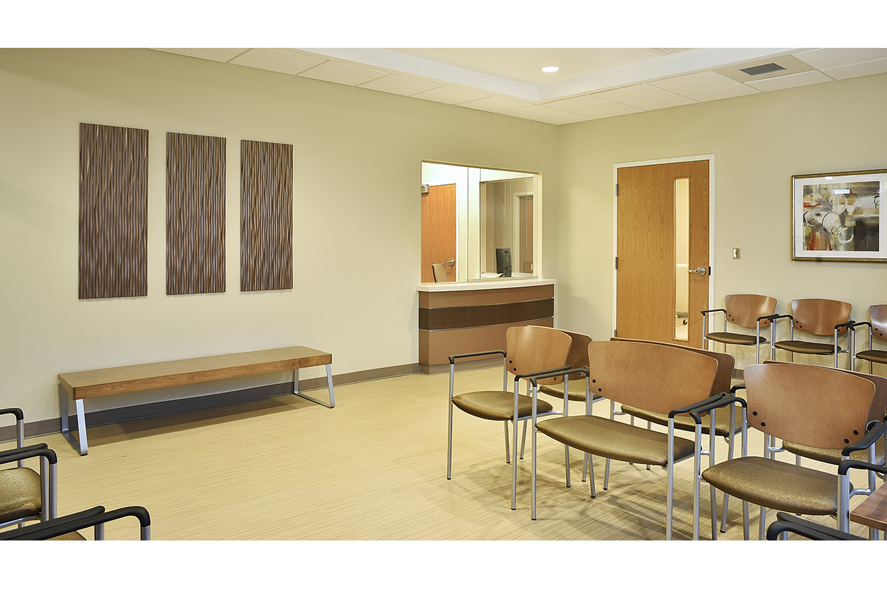 urgent care waiting room at russell medical center