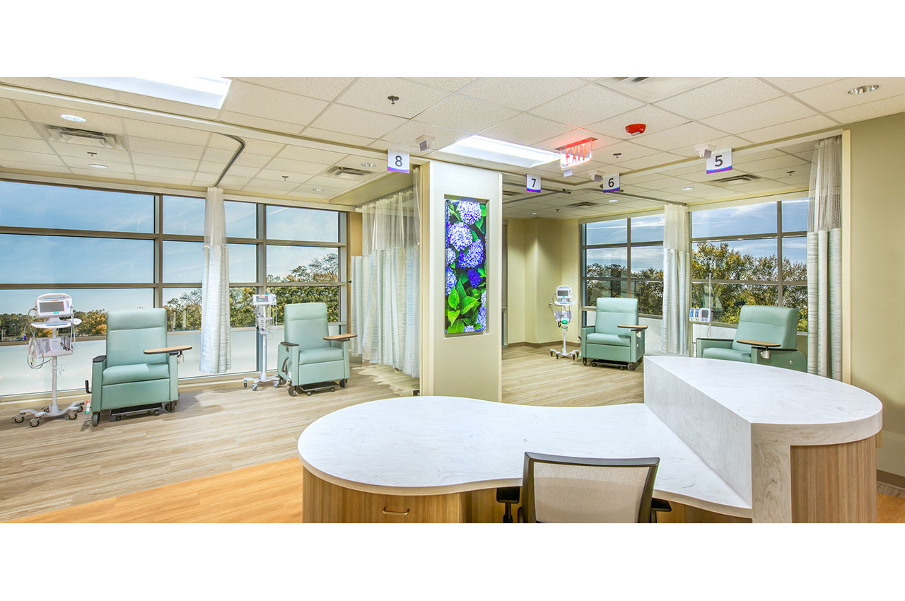 cancer center infusion bays