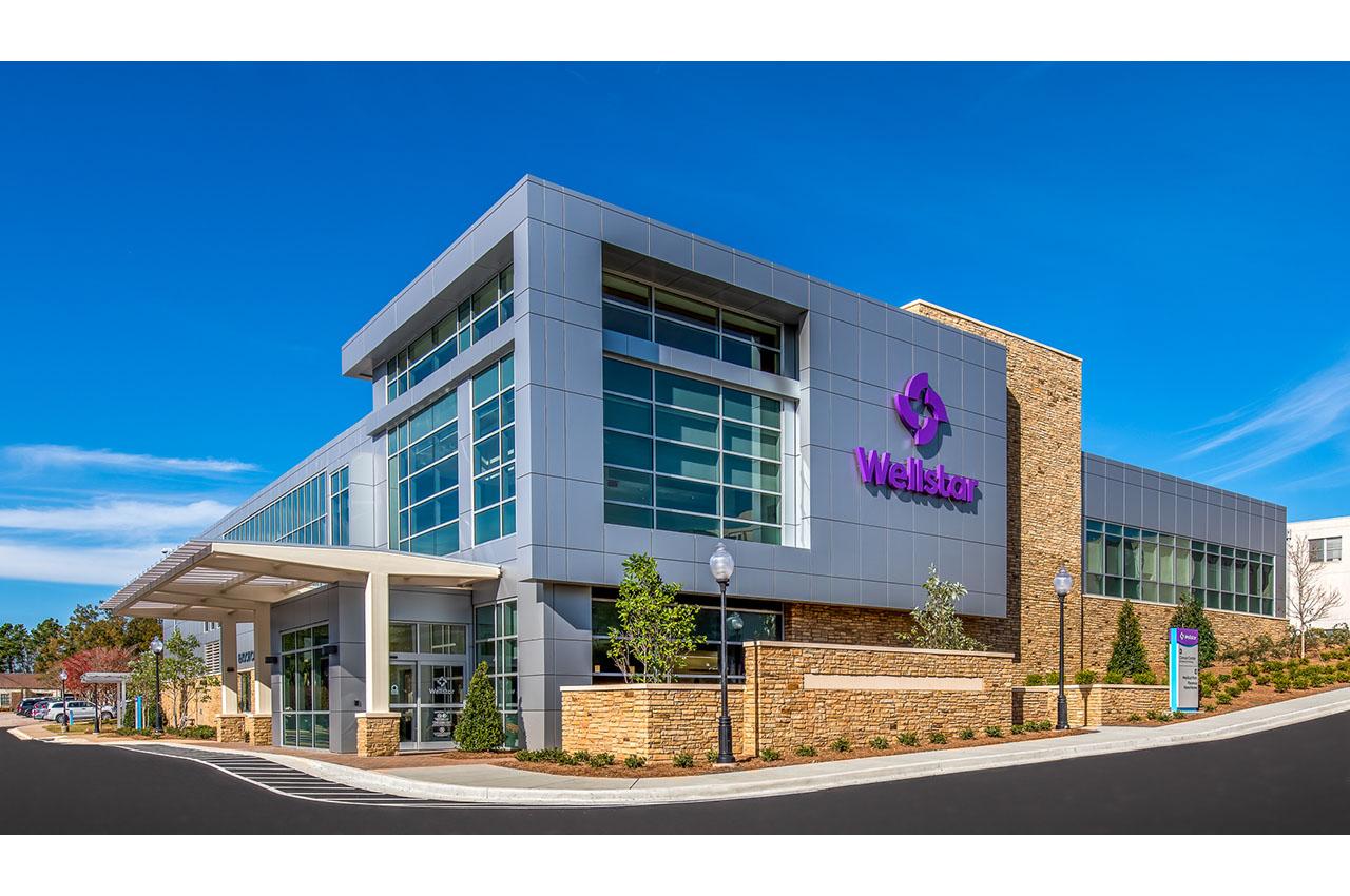 exterior of wellstar cancer center